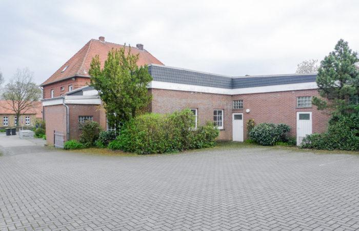 Vielseitig einsetzbare Gewerbeimmobilie in verkehrstechnisch gut angebundener Lage in Bramsche – Ueffeln