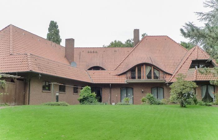 Zwei auf einen Streich – exklusive Villa – Wohn- und Geschäftshaus