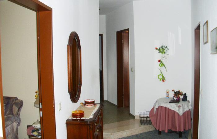 Wohnung – zentrale Lage von Hausberge