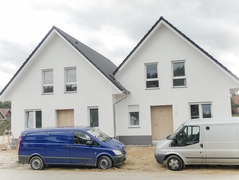 Neubau – nur noch eine Doppelhaushälfte zu haben!!!