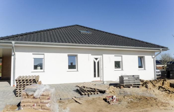 E R S T B E Z U G – Bungalow mit guter Raumaufteilung in ruhiger, zentraler Siedlungslage von Schwagstorf